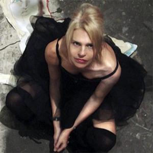 Belinda Blair image