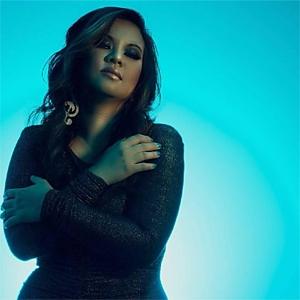 Tracy Cruz image