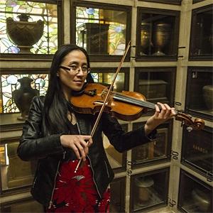 Ariel Wang - Violinist image