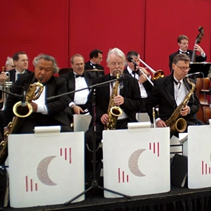 Silver Moon Big Band image