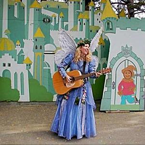 Jacqueline Lynaugh image